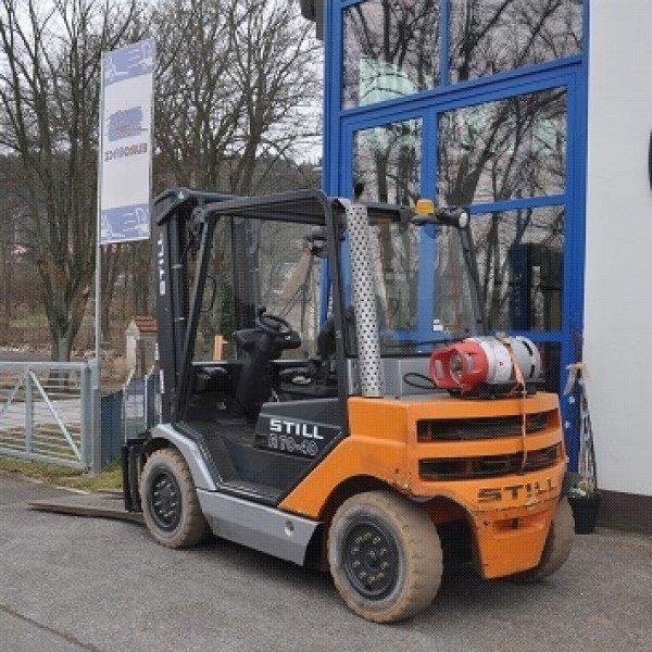 Použitý vysokozdvižný vozík plynový  STILL R70-40T v dobrém stavu