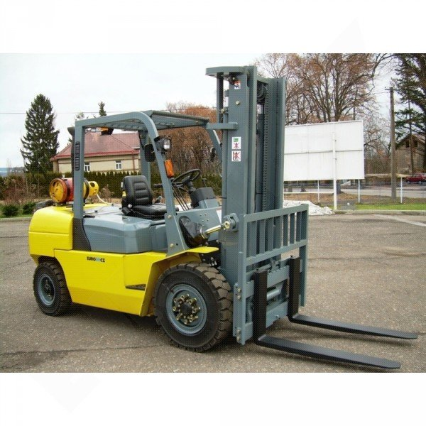 Vysokozdvižný vozík plynový EUROliftCZ B40-LPG